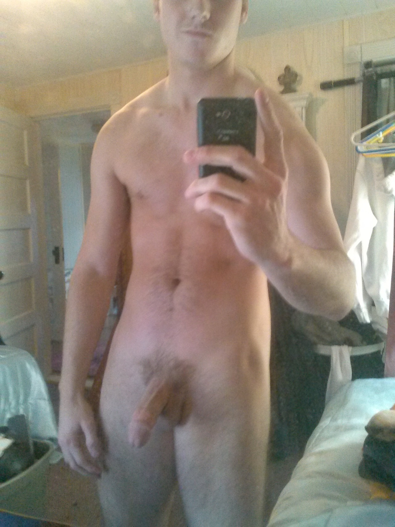 Nude Straight Boy