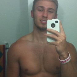 Cute Muscle Boy Taking Nude Self Shots
