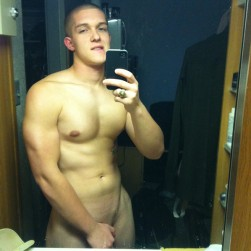 Sexy Nude Muscle Teen Boy With Shaved Cock