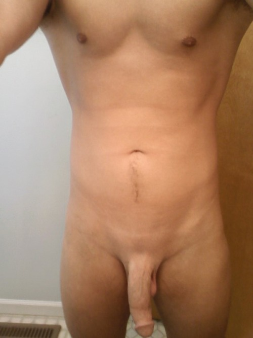 Sexy Dude With Smooth Shaved Cock - Nude Amateur Guys