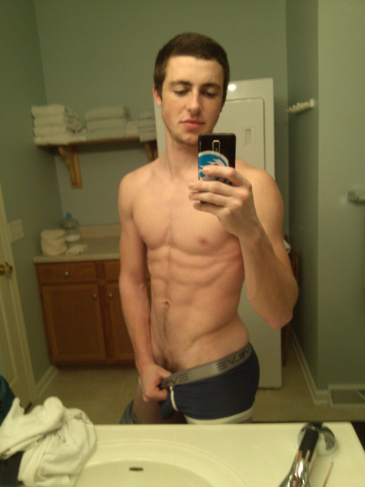 Cute Boy Getting Naked And Show Cock - Nude Amateur Guys