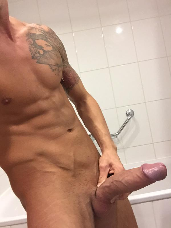 Showing Cock