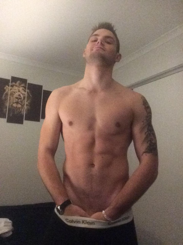 cute-stud-with-big-cock-006