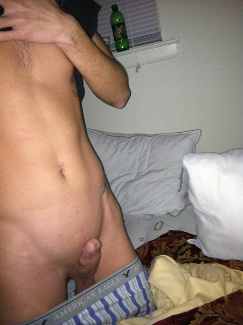 Cute SnapChat Boy Showing His Hard Cock - Nude Amateur Guys