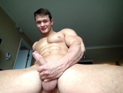 muscular gay guys naked
